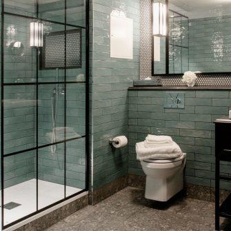 The Green Hotel Bathroom Toilet