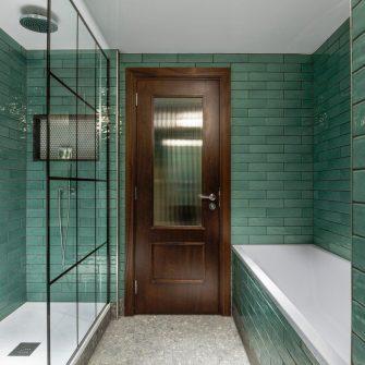 The Green Suite Bathroom